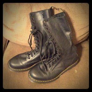Dr Martens Combat Boot Women's sz 11 blk Leather